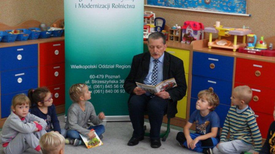 Cała Polska czyta dzieciom na wsi